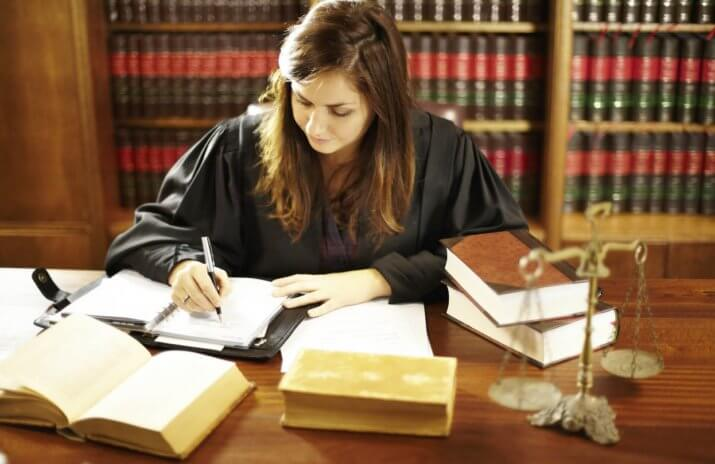 Anna* Spirals Out Of Control With Law School Debt and Materialism