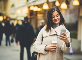 """""""Snap"""" Out of It and Save Money: 6 (Cheap) Tips on Staying Trendy"""